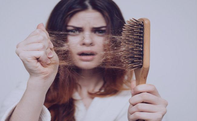 vitaminas B C y D para el pelo