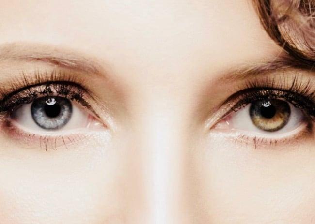 cómo aclarar los ojos